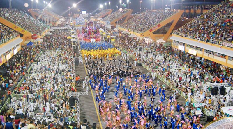 carnaval-bresil-manaus