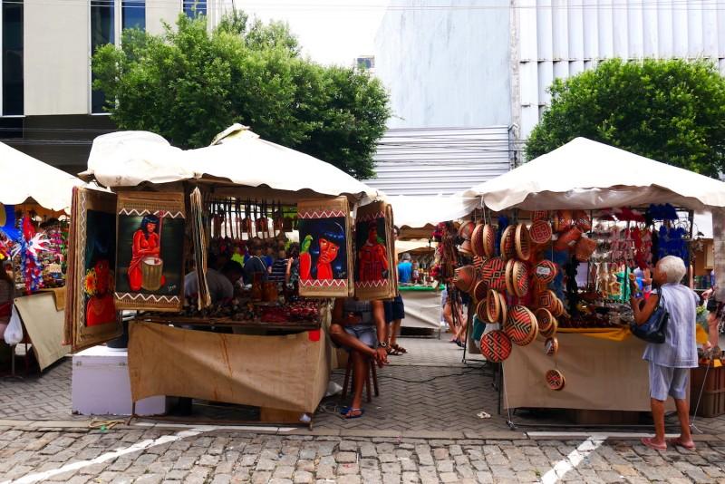 Promenade du dimanche au marché de Manaus