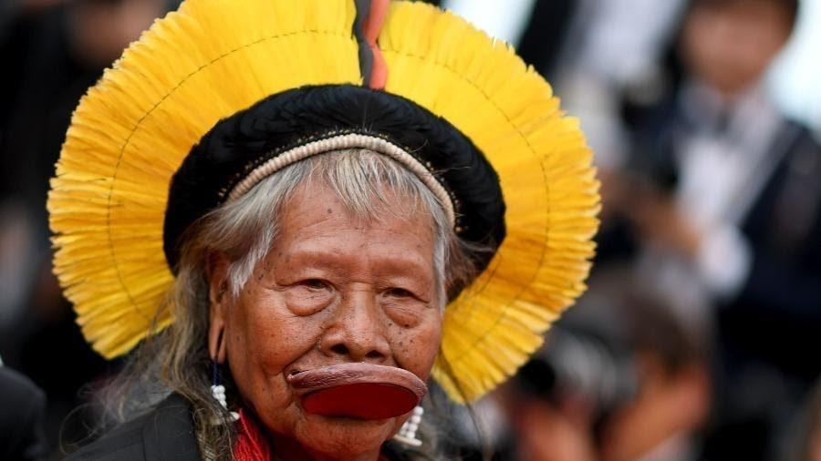 Roani-Metuktire-chef-indigène