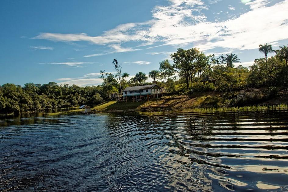 lodge rio negro amazonie