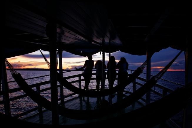 coucher de soleil croisiere amazonie